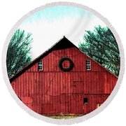 Christmas Wreath On Red Barn Round Beach Towel