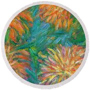 Chrysanthemum Shift Round Beach Towel