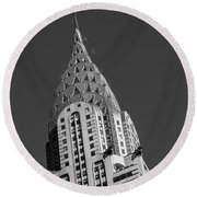 Chrysler Building Bw Round Beach Towel