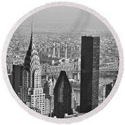 Chrysler Building New York Black And White Round Beach Towel