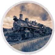 Full Steam Through The Meadow Round Beach Towel