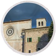 Church Of  Di San Pietro In Assisi Round Beach Towel
