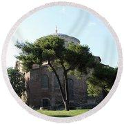 Church Of Hagia Eirene I - First Courtyard Topkapi Palace Round Beach Towel