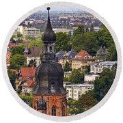 Church Of The Holy Spirit Steeple Round Beach Towel
