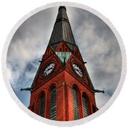 Church Spire Hdr Round Beach Towel