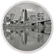 Cincinnati Monochrome Round Beach Towel