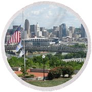 Cincinnati Skyline Round Beach Towel
