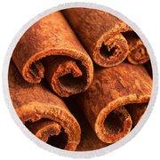 Cinnamon - Cinnamomum Round Beach Towel