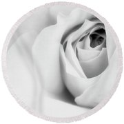 Citrine Rose Bw Palm Springs Round Beach Towel