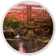 City - Richmond Va - After The Fighting Stopped - 1865 Round Beach Towel