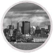 City - Skyline - Hoboken Nj - The Ever Changing Skyline - Bw Round Beach Towel