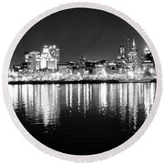 Cityscape In Black And White - Philadelphia Round Beach Towel