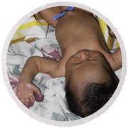 Clamp Tied To Umbilical Cord Of A 5 Day Old Indian Baby Boy Round Beach Towel