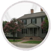 Clapboard House Colonial Williamsburg Round Beach Towel
