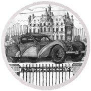 Classic Auto With Chateau Round Beach Towel