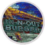 Classic Cali Burger 2.2 Round Beach Towel