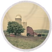 Classic Farm With Red Barn And Silos Round Beach Towel