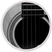 Classic Guitar In Black And White Round Beach Towel