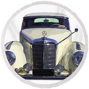 Classic White Mercedes Benz 300  Round Beach Towel