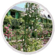 Claude Monets House - Giverney Round Beach Towel