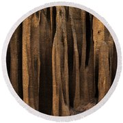 Clay Organ Pipes Formation In Front Round Beach Towel