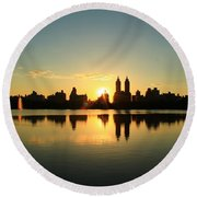 Clear And Smooth Round Beach Towel