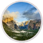 Clearing Storm - Yosemite National Park From Tunnel View. Round Beach Towel