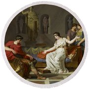 Cleopatra And Octavian Round Beach Towel
