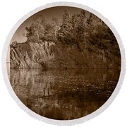 Cliff Face Northshore Mn Bw Round Beach Towel