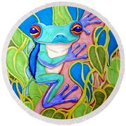 Climbing Tree Frog Round Beach Towel