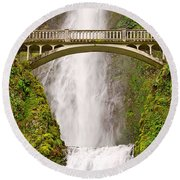 Close Up View Of Multnomah Falls In The Columbia River Gorge Of Oregon Round Beach Towel