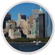 Close View Of Downtown Manhattan Eastern Skyline Round Beach Towel
