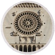 Closeup Of Assisi Cathedral Round Beach Towel