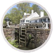 Closing A Lock On The C And O Canal At Great Falls Tavern Round Beach Towel