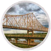 Clouds Over King Bridge Round Beach Towel