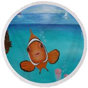 Clown Fish And Friends Round Beach Towel