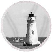 Cockspur Lighthouse - Bw Round Beach Towel
