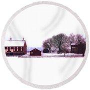 Codori Farm At Gettysburg In Winter Round Beach Towel