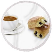 Coffee Cup And Pain Au Chocolat Round Beach Towel