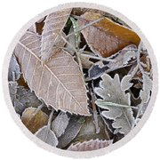 Cold Leaves Round Beach Towel