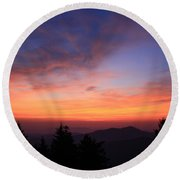 Cold Mountain At Sunrise Round Beach Towel