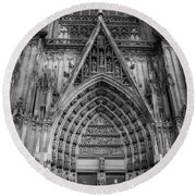Cologne Cathedral 11 Bw Round Beach Towel