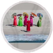 Color Girls Round Beach Towel