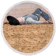 Color Rodeo Gunslinger Victim Round Beach Towel
