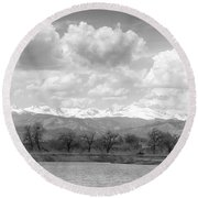 Colorado Front Range Rocky Mountains Panorama Bw Round Beach Towel