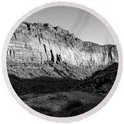 Colorado River Cliff Bw Round Beach Towel