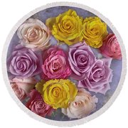 Colorful Bouquet Of Roses Round Beach Towel