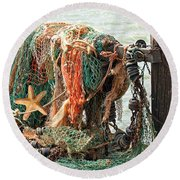Colorful Catch - Starfish In Fishing Nets Round Beach Towel