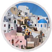 Colorful  Oia Round Beach Towel