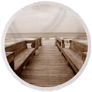 Colorless Seascape Round Beach Towel